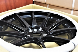 "Felga Japan Racing JR11 19"" 9,5J ET35 5x114,3 Glossy Black"